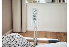 Bedienteilhalter inkl. Montageklammer zu Pflegebetten (Gerberhalter)
