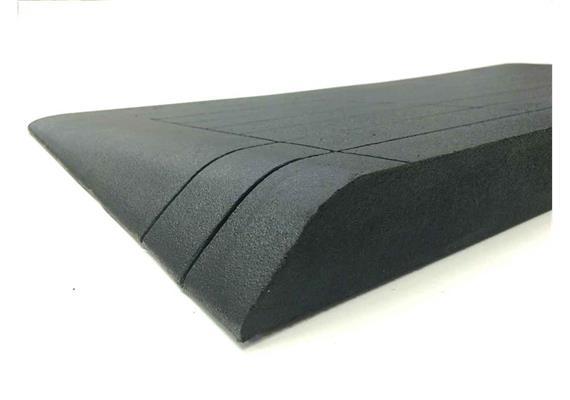 Gummirampe schräg 60x900x480mm (HxBxL) (12kg) schwarz