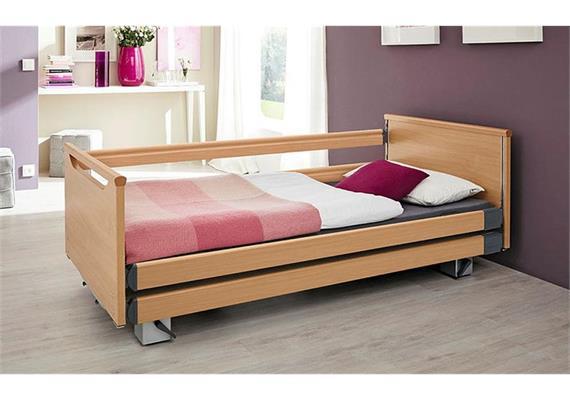 Pflegebett Komfort 90x200 DSG 26-80cm mit durchgehenden Seitengittern ohne Aufziehstange