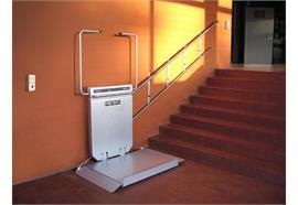 Plattformlift für gerade Treppen